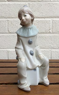 Lladro -Girl With Dice- Figure Model 1176 Child Pierrot Harlequin Clown Lady