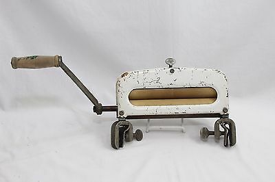 Vintage Early to Mid 20th Century Laundry Hand Crank Clothes Wringer - Works!