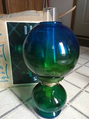 VINTAGE JEANETTE GLASS CO BLUE GREEN GLOBE  KEROSENE LAMP IN Orig Box