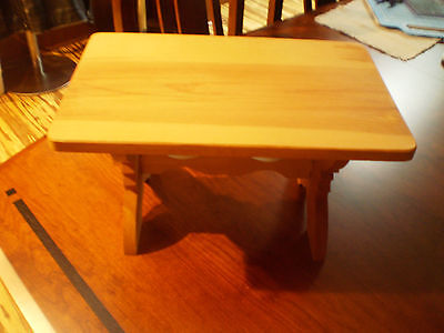 Pleasant Company RETIRED American Girl KIRSTEN Trestle Table