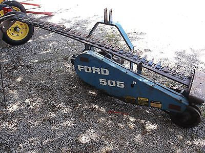 Used FORD 505 BELT DRIVE SICKLE MOWER 3 Point, WE SHIP REAL CHEAP AND REAL FAST