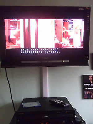 Pioneer Cld-D701 Laser Disc Player W/remote/sm/om And Basic Instinct Movie.