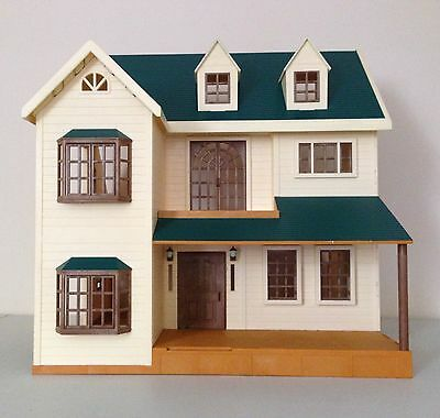SYLVANIAN FAMILIES HOUSE on the Hill/ Oakwood Manor Green ...