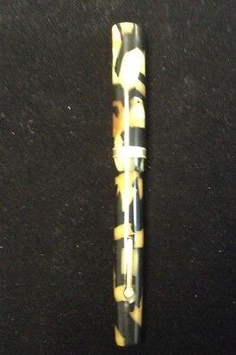 The moore pen co boston USA marbled gold nib and band fountain pen