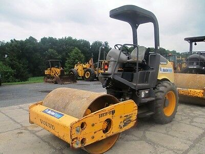 "2011 Volvo Ingersoll Rand SD45D 54"" Smooth Drum Roller Compactor, Only 835 Hrs"