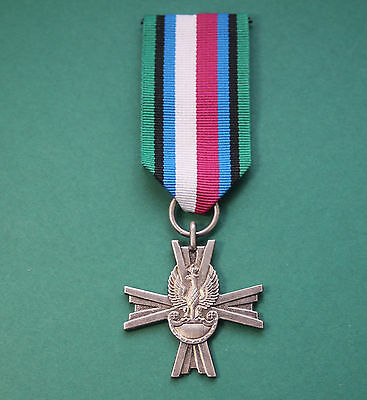 POLISH FORCES IN THE WEST WAR CROSS WWII    Eagle & crown 1944 Poland Army order