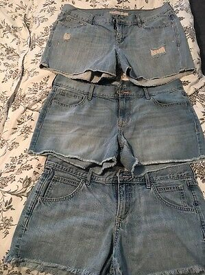 Women's Old Navy Shorts In A Lot Size 12