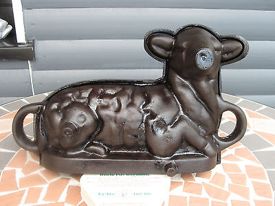 Antike Guss Backform Lamm Gusseisen cast iron bundt cake pan lamb Osterlamm