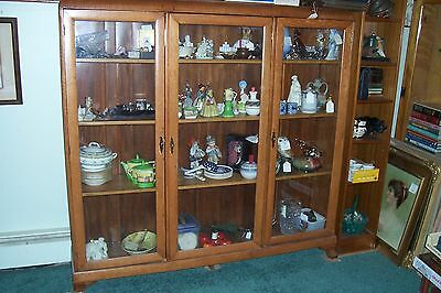 Antique 1890-1920's American GoldenOak 3 door Book Case-Display Cabinet, L-B717