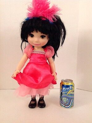 """Disney Animators collection """"It's A Small World"""" France Singing Doll Musical Toy"""