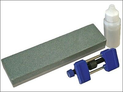 Faithfull FAIOS8CHG Oilstone 200mm and Honing Guide Kit HSS and carbon steel Etc