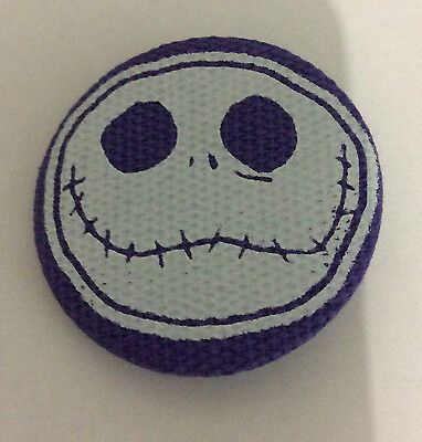 NIGHTMARE BEFORE CHRISTMAS 1.5-inch BADGE Button Pin Jack Face Canvas OFFICIAL