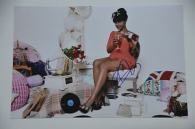 Keisha Buchanan from Sugababes signed 20x30cm  Foto Autogramm Autograph IP