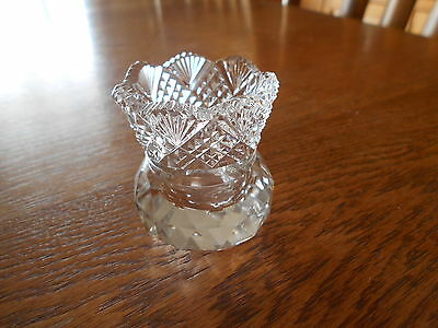 """CLEAR CUT GLASS TOOTHPICK HOLDER 2 1/2""""TALL AND 2"""" ACROSS w PRISM BOTTOM"""