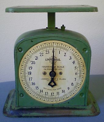 Antique Kitchen Scale Universal Green Landers Frary & Clark New Britain, Conn.