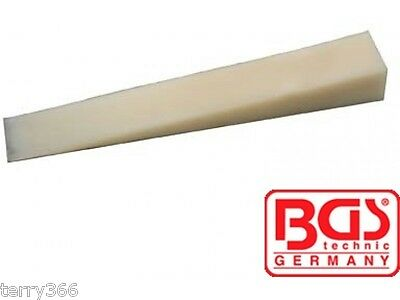 BGS Tools Trim Strip Wedge 185x25mm 3032-BGS  (NON MARKING TOUGH PLASTIC)..