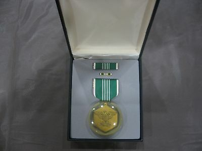 US Military Army Accomendation Medal Full Size Set with Pin & Ribbon Black Case