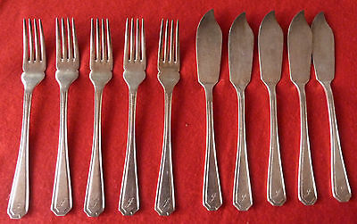 Vintage silver plated fish knives & forks cutlery set marked insigina plated