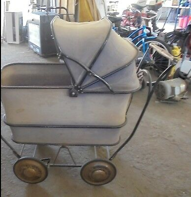 Antique Pram Baby or Toddler Carriage-Stroller TRAV-L-EEZ COACH Mahr-Bufton