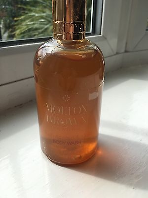 Molton Brown Body Wash 300ml Audh Accord &. Gold