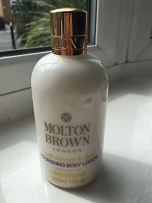 Molton Brown Body Lotion 300ml Oudh Accord & Gold