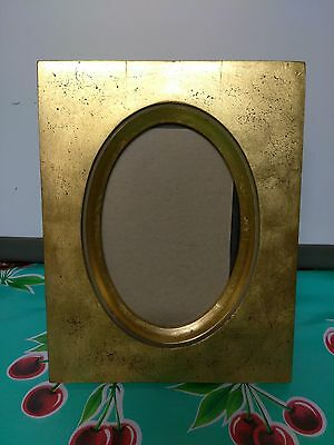 """Vintage gold gilt picture frame oval glass 5"""" x 7"""""""