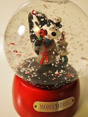 Retired Rare 1994 Pepe Le Pew Snow Globe From Warner Bros.