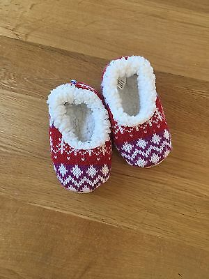 Snoozies Cute Baby Slippers 6-12 Months Socks With Plastic Grips On Bottom