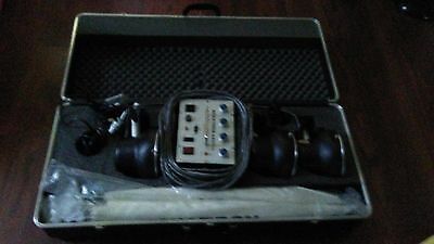 Novatron 440  plus with case and lights in Great working order