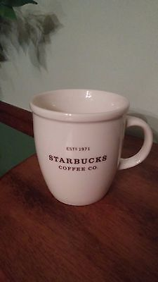 2006 Starbucks Coffee Co. Est 1971 White & Brown Letters 18 Oz Mug/Cup