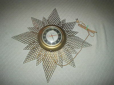 Vintage  Working Master Crafters Starburst Electric Wall Clock With Light #128