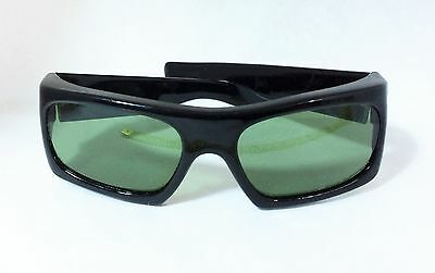 NOS True Vintage Mod 1960s Early Wraparound Sunglasses Size  S-M