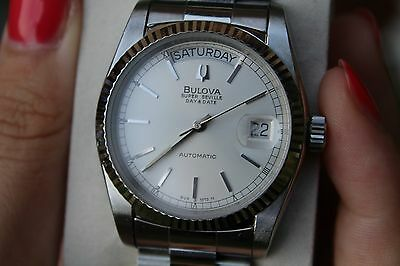 Swiss Bulova Super Seville Day Date Automatic Watch 1980 Vintage (2)