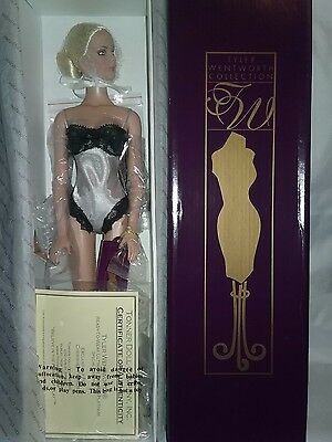 """Tonner Doll """" Ultimate Luxury Platinum """" Tyler Wentworth Ready To Wear 16"""" Nrfb"""