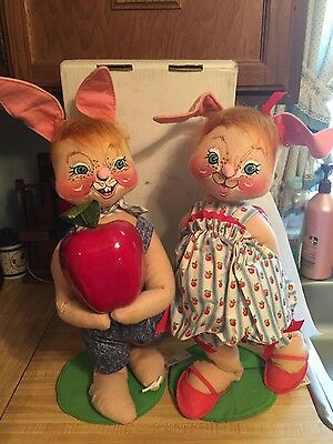 """Annalee Vintage 21"""" Bunnies with Apples. Dated 1995"""