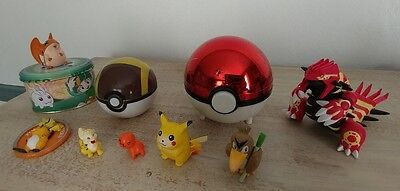 Lot of Pokemon Figures, balls and other Stuff Tomy Nintendo others