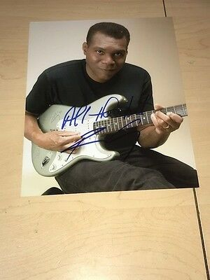 ROBERT CRAY Autographed Signed 8x10 Photo