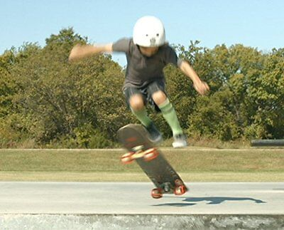 SkaterTrainer 2.0, The Skateboarding Accessory for Learning, Practicing and Land