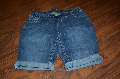 E5- Old Navy Maternity Denim Shorts Size 6