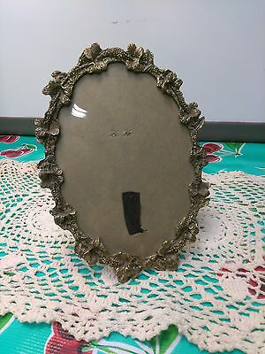 "Vintage brass picture frame slap full of filigree 5"" x 7"" oval table top display"