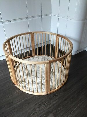 Atlas Round Wooden Play Pen Large