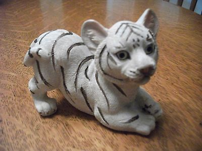 Vintage Snowy Snow White Playful Tiger Cub Figurine!