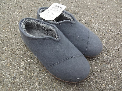 TOMS Tom's Men's Wool Lining Charcoal Moccasin Slipper Size 8 New MAKE OFFER