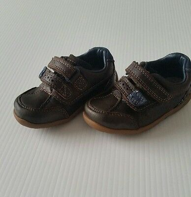 clarks baby boy first shoes velcro brown size 4 infant