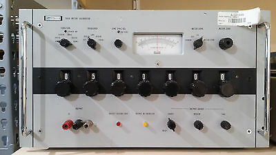 Fluke 760A Meter Calibrator In Working Condition.