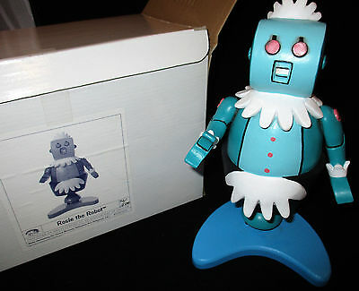 JETSONS MAQUETTE STATUE,  ROSIE THE ROBOT, 72 of 500, with box and COA