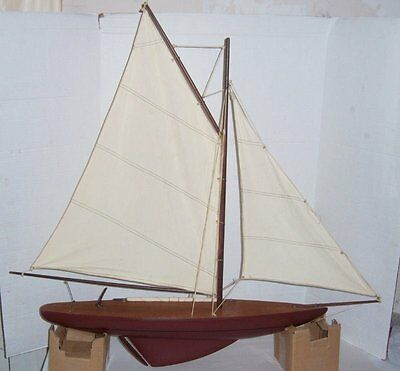 Large Vintage Wood Pond Boat  In Very Good Condition