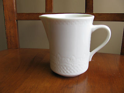 Syracuse China Carefree Calypso Handcrafted Surf White Creamer EUC