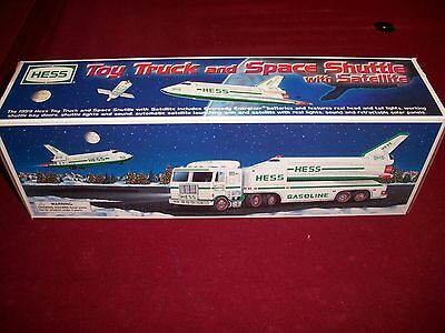 1999 HESS TRUCK and SPACE SHUTTLE with SATELLITE, MIB
