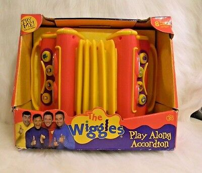 THE WIGGLES Toy Accordion w/Box NWT 2004 Musical Instrument